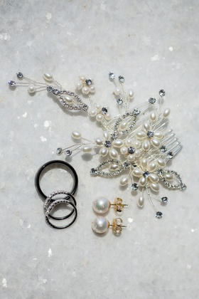 bridal headpiece hair accessory with pearls and crystals