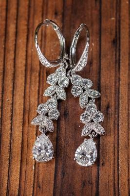 Marquise-set diamonds and teardrop shaped earring