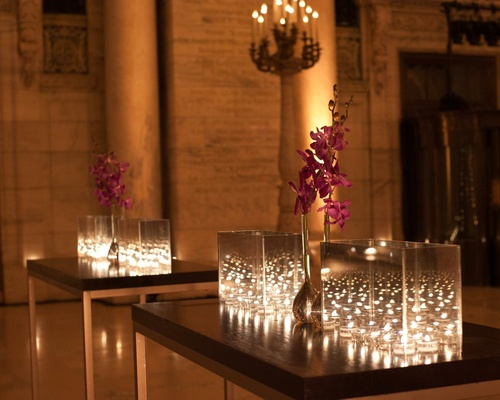 contemporary fall wedding at the new york public library inside weddings. Black Bedroom Furniture Sets. Home Design Ideas