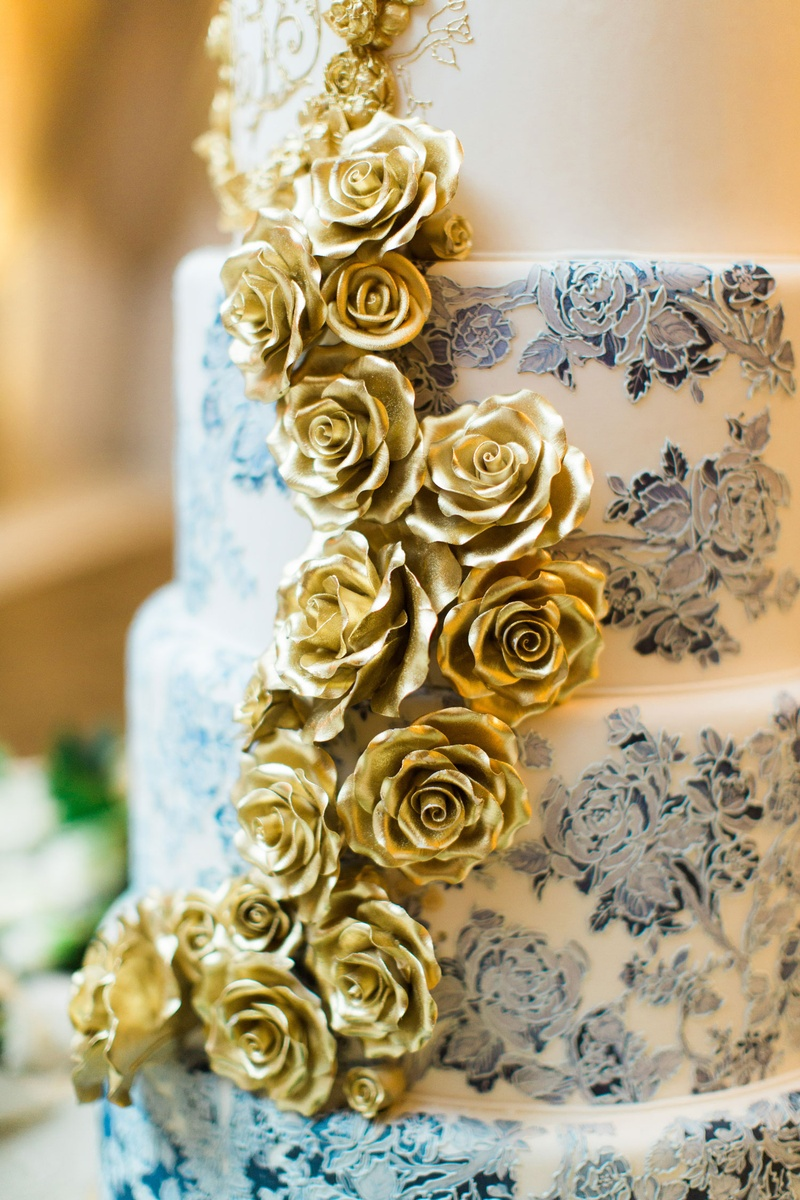 Cakes & Desserts Photos - Floral Wedding Cake with Gold Flowers ...