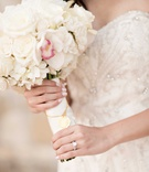 bride beaded gown classic white pink bouquet roses hydrangea gold pendant Chinese Mandarin words