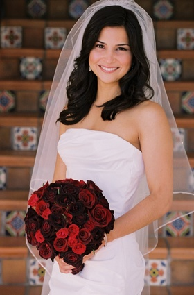 Textured bridal gown and elbow-length veil