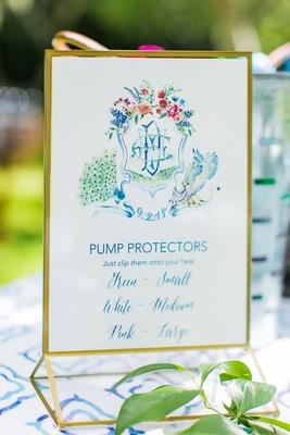 wedding ceremony outdoors heel pump protectors for wedding guests wearing high heels stilettos