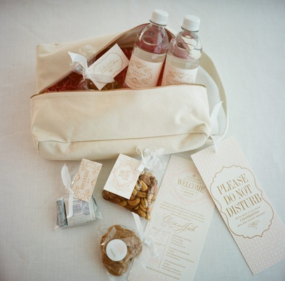 Wedding In Charleston South Carolina White Zipper Totes Filled With Signs And Snacks