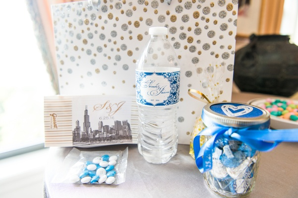 chicago wedding welcome bags, m&ms, bottle of water, hershey's kisses