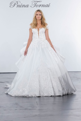Pnina Tornai for Kleinfeld 2018 wedding dress ball gown plunging neckline ruffle skirt