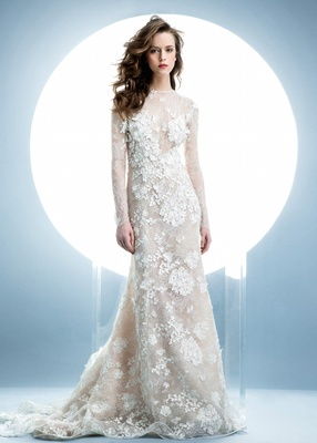 Angel sanchez spring 2016 collection lace dress with long sleeves and
