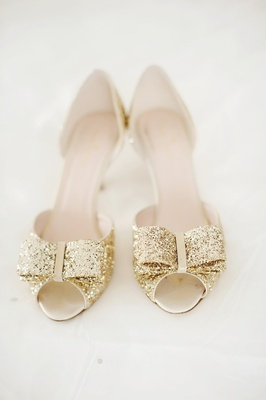 kate spade wedding shoes, gold peep toe pumps with bow at the toe