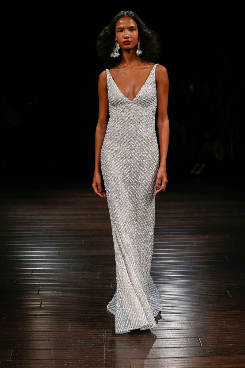 Naeem Khan Bridal Fall 2017 Sunset Sheath Wedding Dress Beaded With Deep V  Neckline And Cowl