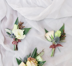 different types of flowers to use in boutonnieres