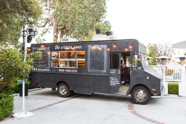 Urban Oven food truck los angeles wedding catering ideas late night snack fun event food ideas