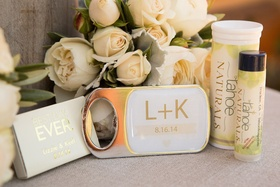 Bridesmaid and groomsmen favors next to bouquet