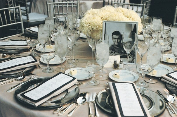 Vintage art deco style poolside wedding in beverly hills for Art deco wedding decoration ideas