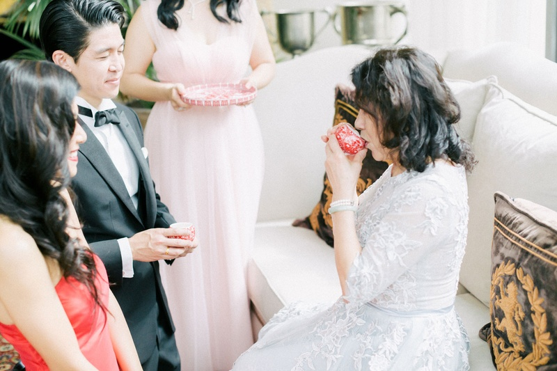 hong kong taiwan wedding, tea ceremony, mother of the bride in white lace
