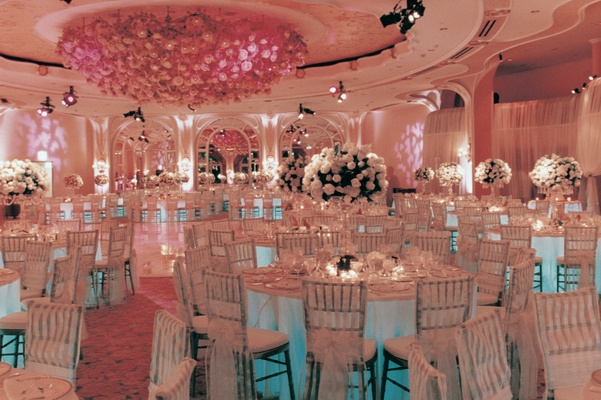 White round tables and centerpieces