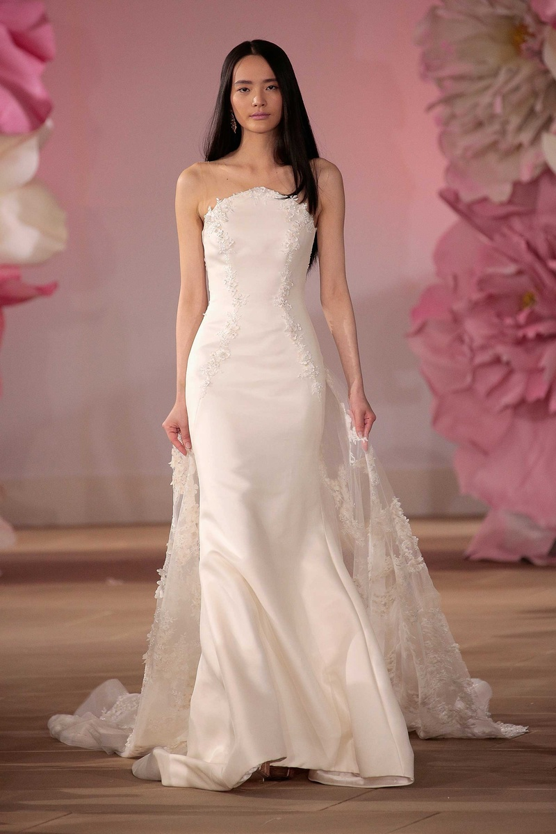 Wedding dresses photos modern unique bridal dress style for Unique wedding dress styles