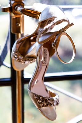 wedding day shoes bridal heels badgley mischka jewel detailing on toe strap thin ankle strap nude
