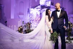Seattle Mariners Marc Rzepczynski's wedding, Lindzey Lawler, bride in galia lahav, cathedral veil