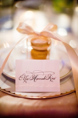 Wedding reception place setting calligraphy name card place card macaron in box with bow favor