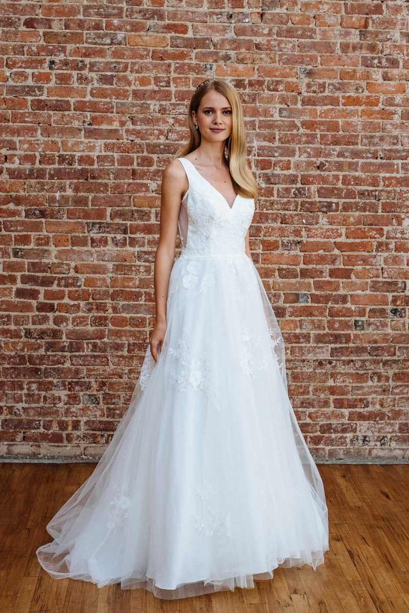 Bridal Fashion Week: Spring 2018 David\'s Bridal Presentation ...