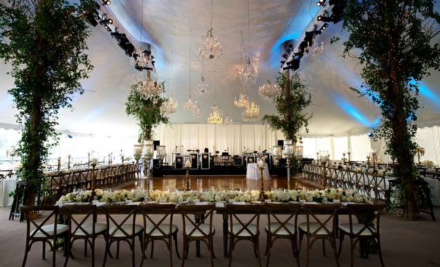 Luxurious Rustic Wedding At Lakeside Country Club In Wisconsin