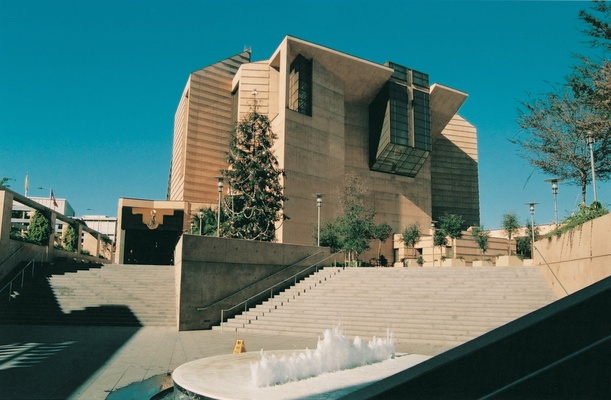 our lady of the angels cathedral LA wedding  venue
