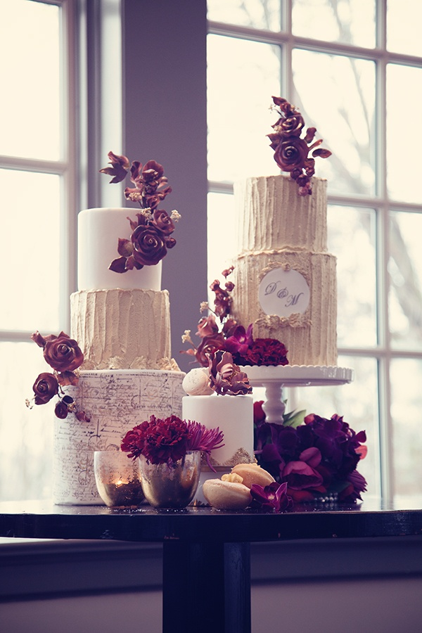 Cakes Desserts Photos Wedding Cakes With Antique Touches