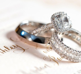 Square halo-set diamond ring and bands