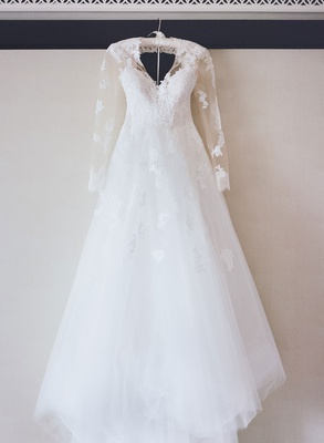 monique lhuillier wedding dress lace with sheer lace applique long sleeves v neck a line bridal gown