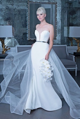 Romona Keveža fall 2019 bridal collection wedding dress RK9501 strapless gown organza overskirt