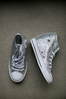 Alexis Cozombolidis wedding to Hunter Pence reception dancing after party converse glitter silver
