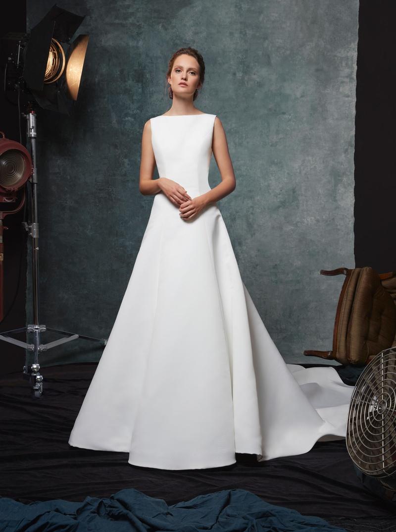 Sareh Nouri fall 2019 bridal collection wedding dress Dakota bateau neckline A-line crepe