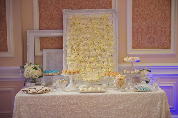 Joanna Krupa wedding reception sweets table