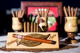 Wedding cigar station Cuban cigars wedding reception ideas