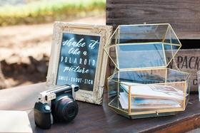 polaroid cameras wedding guests memories favors fun activities items rustic vintage