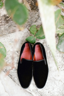 wedding accessories black velvet loafer for groom red sole sleek border beach wedding formal