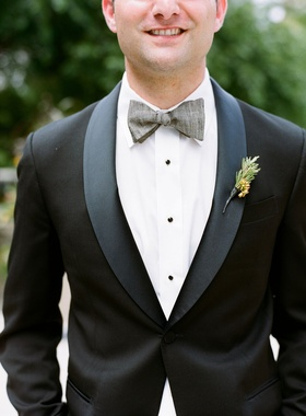 groomsmen outfit groomsman with grey bow tie and tuxedo jacket