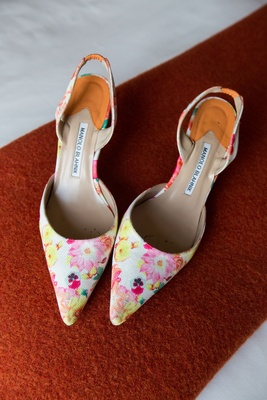 Wedding shoes Manolo Blahnik wedding heels pointed toe pumps pink and yellow flowers