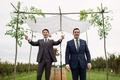Noah Bean actor with best friend officiant sees bride for first time and calls to her under chuppah