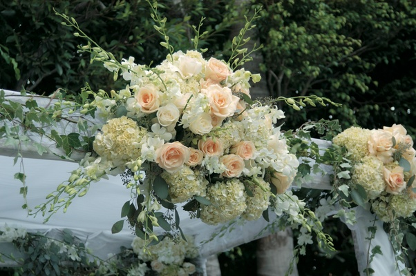 Rose and hydrangea altar decoration