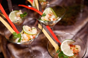 Wedding cocktail hour shrimp ceviche appetizer in martini glasses, The Standard Club, Chicago