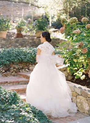 Vera Wang ball gown wedding dress with short cap sleeve high neck lace bodice and full skirt
