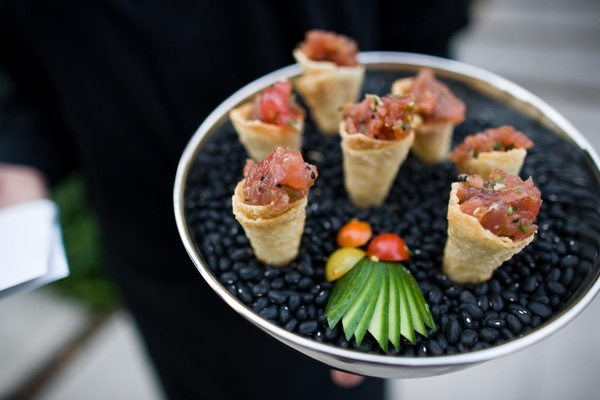 ahi tuna served inside crispy cones