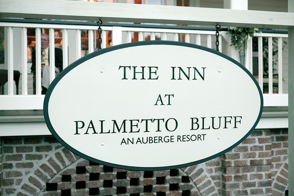 Auberge resort oval sign at entryway