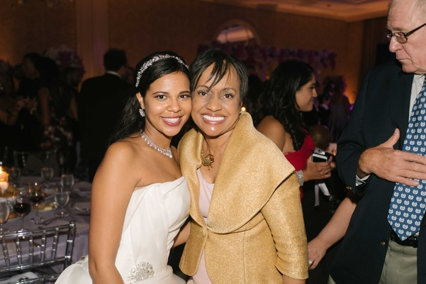 Bride in strapless Vera Wang wedding dress and sparkling headband with Judge Glenda Hatchett