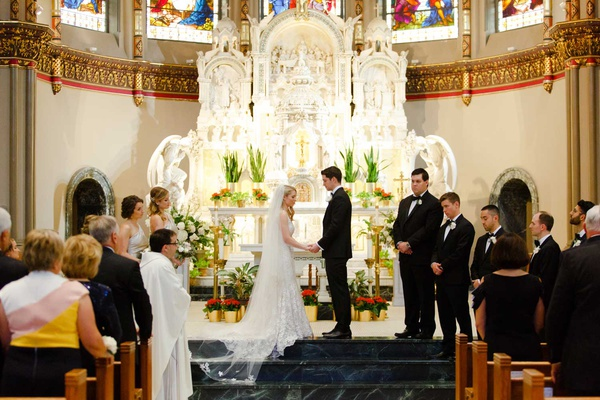 wedding ceremony chicago altar bride groom vow exchange groomsmen bridesmaids