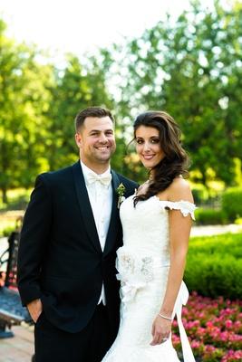 Bride and groom at Allentown mansion garden venue