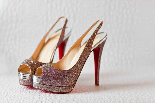 Red soles bridal shoes with multicolor glitter
