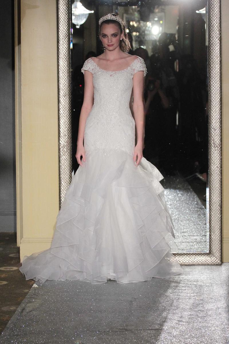 c21ee1b8dfc Oleg Cassini Fall 2016 short sleeve scoop neck wedding dress organza lace  trumpet gown applique