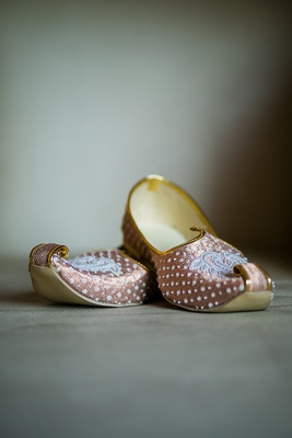 intricately designed wedding slippers bride groom indian hindu wedding traditional silk